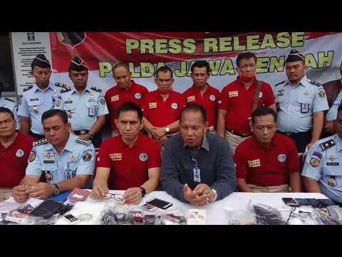 Press Release Dir Resnarkoba Polda Jateng Setelah Razia Narkoba Di Lapas Kedungpane Semarang