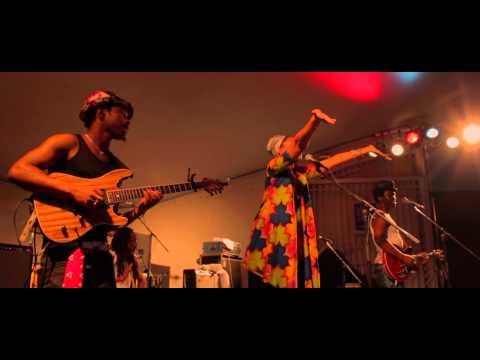 Mariama & Moh!Kouyate - Highlife (99 Luftballons, Live in Hagen)