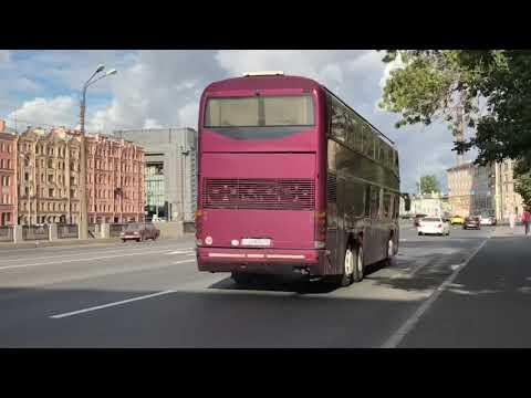 Двухэтажные автобусы в Петербурге