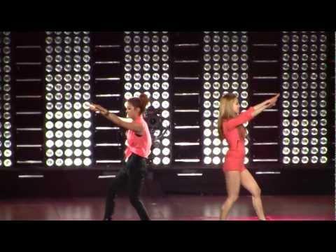 SMTown Live NY SNSD Girls Generation Shinee Suju F(x) Dance Battle [111023] [fancam]
