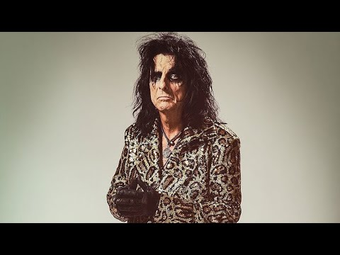 Alice Cooper Talks the Beatles, Chuck Berry + Saving Independent Venues