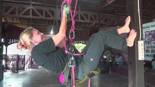 Orangutan Rescue CenterJejak Pulang/interview with Dr. Preuschoft
