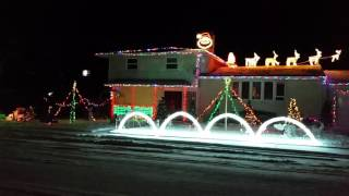 2015 Christmas Light Show - Frosty the Snowman
