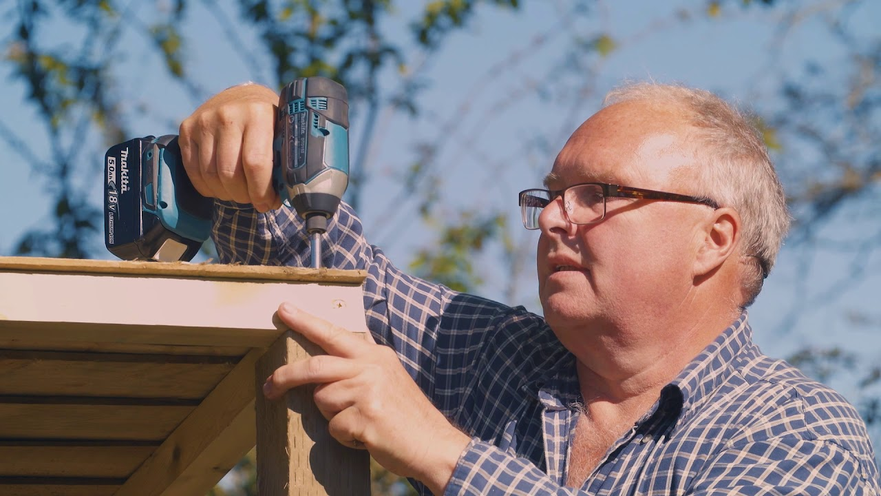 Build Your Own Garden Bar With Wickes
