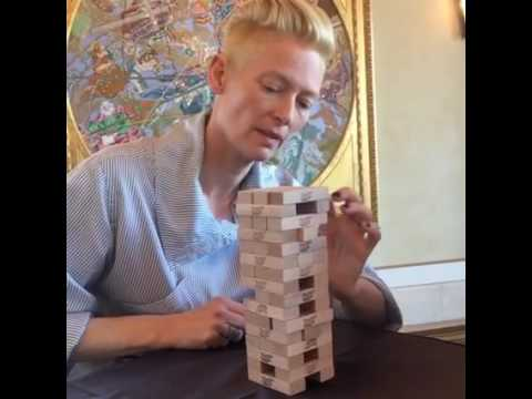#BenedictCumberbatch and Tilda Swinton played Jenga
