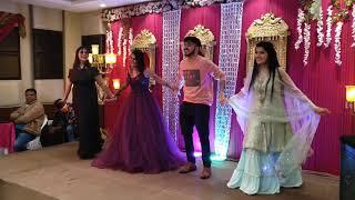 Best cousins Dance on Sister's Engagement | Taaron Ka Chamakta | Lahoriye | Charde Sayal