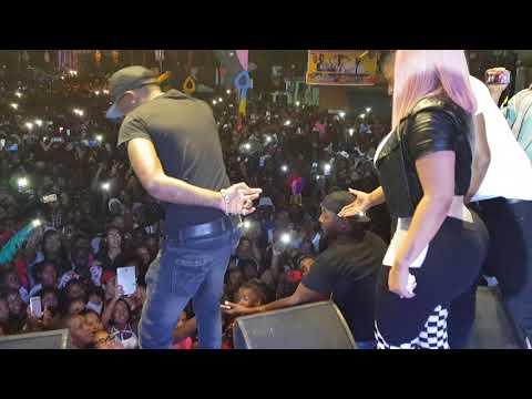 Toxic Crow canta que hable el dinero en concierto en San Luis