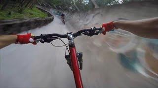 Intamplari pe bicicleta, de poveste!