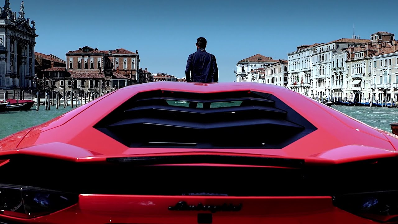 Lamborghini and Venice: perfection in art and exclusivity