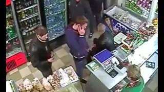 Драка в магазине, вот такое вот быдло это просто ужас.(, 2016-05-25T07:45:39.000Z)