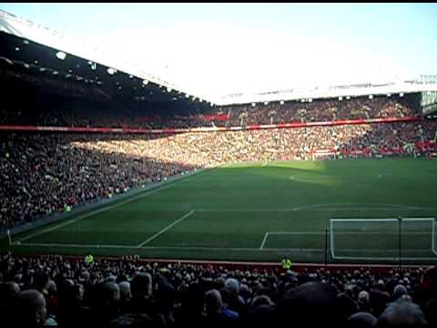 Manchester United - 1 Minutes Silence at Old Trafford 52 Years on!!!