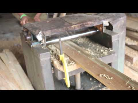 Woodworking machines are being designed ।। Uttara Dhaka ।। Small Wood Cutting in BD Saw