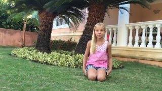Первое видео barvina. Открываю канал на youtube для детей. Влог из Доминиканы, Barvina(Тебе нравятся животные и приключения? Я покажу тебе и расскажу о 9 животных, с которыми я встретилась во..., 2015-08-02T13:28:23.000Z)