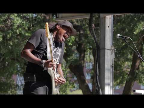 "Eric Gales - ""Boogie Man"" (Live at the 2017 Dallas International Guitar Show)"