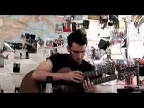 Justin King gets tattoo, plays guitar
