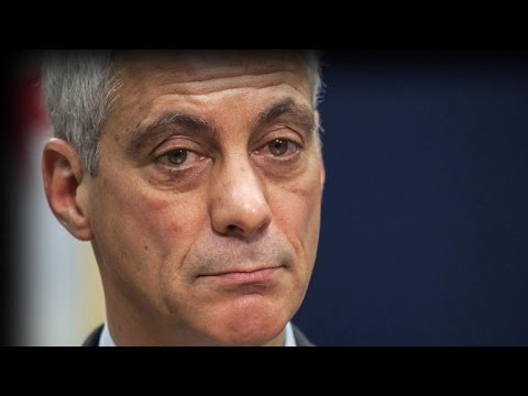 Despite apology, calls for Chicago mayor's resignation grow