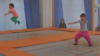 Прыжки на батуте – спорт, который делает людей счастливыми