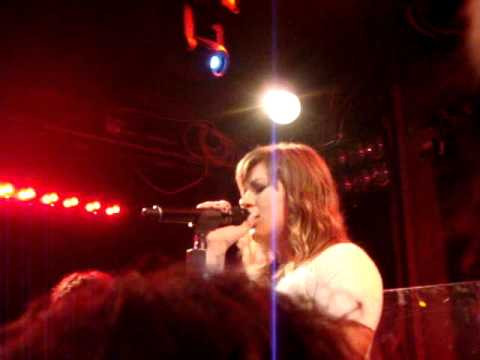 Download Kelly Clarkson - Already Gone - The Troubadour - 10/19/11 - 7 of 12