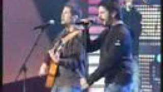 Estopa Cuando amanece (Gala de Andalucía, 27-02-08) by Boteh