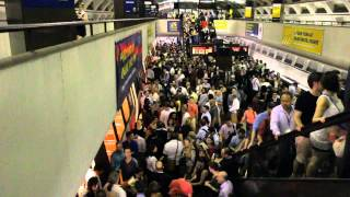 DC Metro Breakdown in Farragut North Station