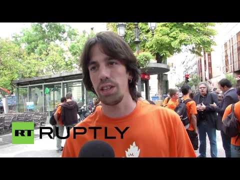 Spain: Catalonians fined for burning image of King Carlos I