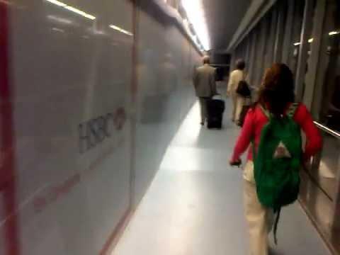 20/1/2012. Embarque e interior del avión. Aeropuerto de MVD. Vuelo AR 1209 a AEP en Boeing 737-700
