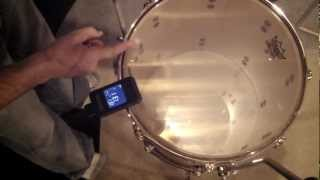 "drum tuning 14"" floor tom with a tunebot"