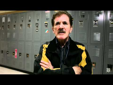 Rene Rancourt has sung national anthem before Bruins games for over 35 years