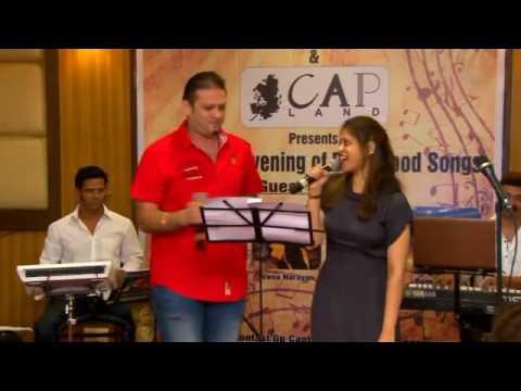 Chikni Kamar Pe live by Moniil and Naina