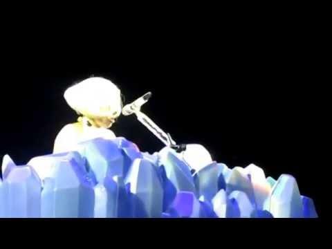 Lady Gaga: Whole Lotta Love (Led Zeppelin cover) & Born This Way (Prague 05/10/2014)