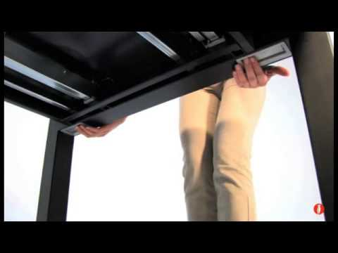 Calligaris Airport Expandable Dining Table Product Review Video