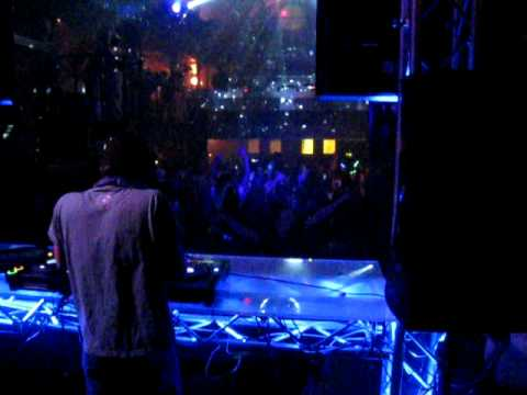 DJ Row @ Vision Night Club Chicago December 20 2008 (1)