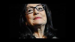 Nana Mouskouri Biography | Nana Mouskouri Achievements & Timeline | Nana Mouskouri