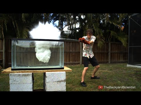 Pouring Molten salt into Water - Explosion!