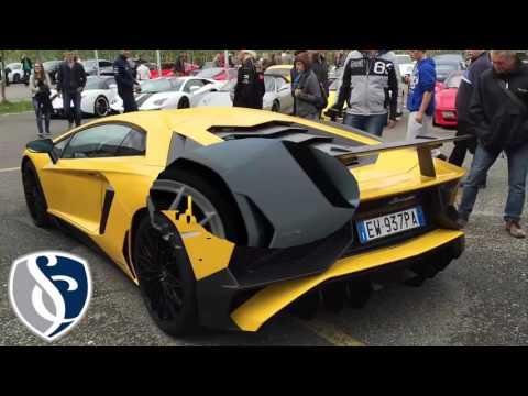 Best Luxury Car - Lamborghini Aventador