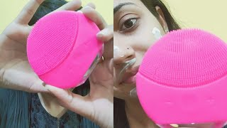 Perfect Cleansing with forever facial cleansing device