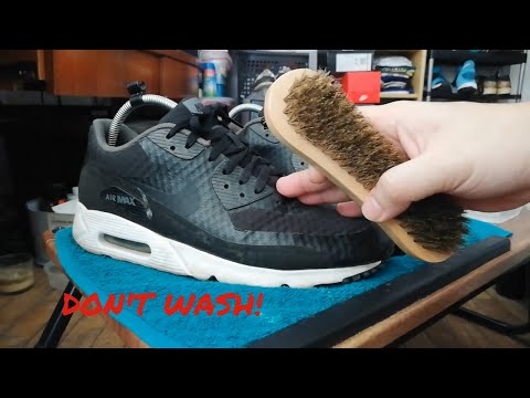 Cleaning Nike Air Max 90. NO NEED TO WASH!