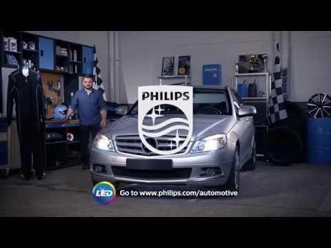 How to replace Mercedes-Benz C-Class headlight bulbs