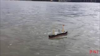 Lindberg 1:390 Zhan Dou 11 Cargo Ship Model on Hudson