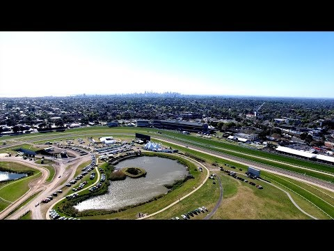 Melbourne Cup Horse Racing Carnival 2017
