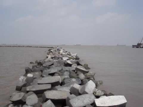 shanghai sea shore very safety china clicks