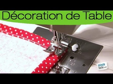 Bricolage confectionner un chemin de table youtube for Set de table paillete