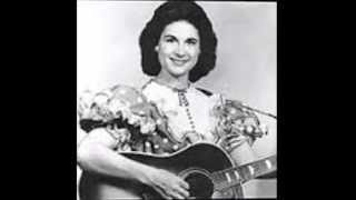 Kitty Wells - **TRIBUTE** - Searching (For Someone Like You) - (1955).