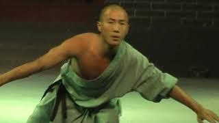 Шоу боевых искусств в Шаолине..Китай