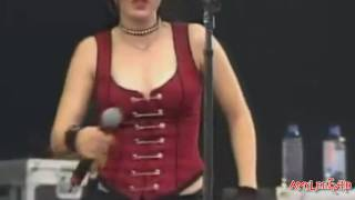 Evanescence Taking Over Me e Bring Me To Life (Rock Im Park 2003) HD