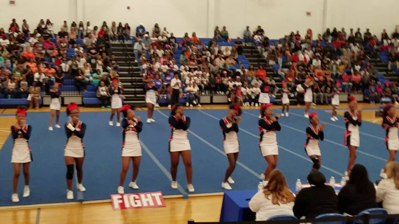 4b9718c7c40e Lake Taylor High School Cheer competition 2016 - YouTube