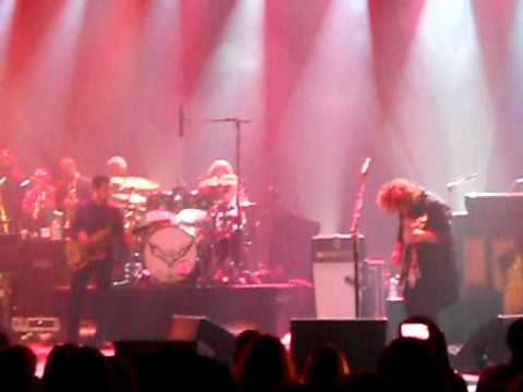 All Night Long (Lionel Ritchie cover) - My Morning Jacket (encore #6) - Terminal 5 NYC 10-21-2010