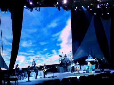 Dolly Parton, London,O2 arena, 6 July 2008, Jesus & Gravity