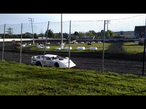 04-15-2017 Petaluma Speedway Super Stock Heat Race 2
