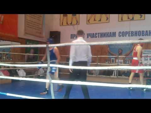 Арсен Мхитарян бокс